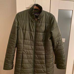 Long Hunter Green Patagonia Puffy Coat (L)